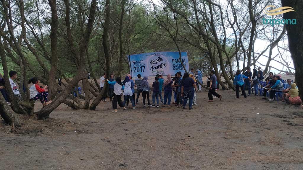 Activity Report of Resik (Cleaning) Goa Cemara Beach