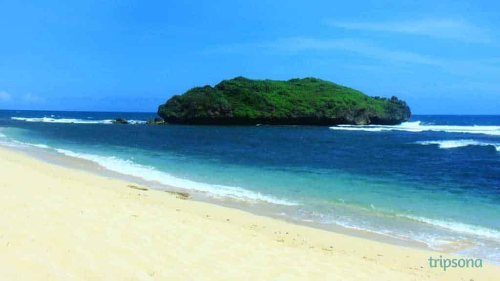 sadranan-beach